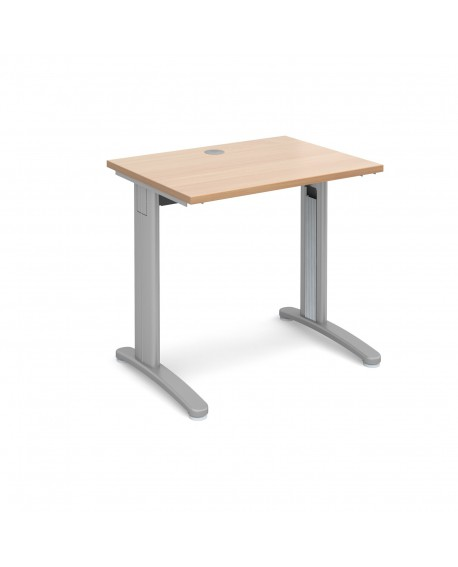 TR10 straight desk 600mm deep