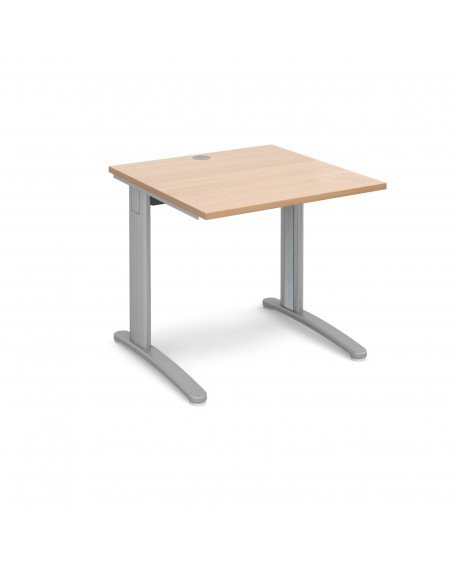 TR10 straight desk 800mm deep