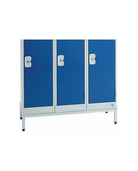 Stand For Use Locker